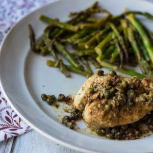 A creamy sauce doesn't have to mean a ton of Weight Watchers SmartPoints. This creamy lemon chicken with capers recipe is only 8 SmartPoints per serving.