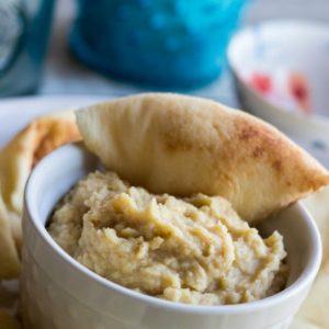 Roasted Garlic Hummus with Flatbread