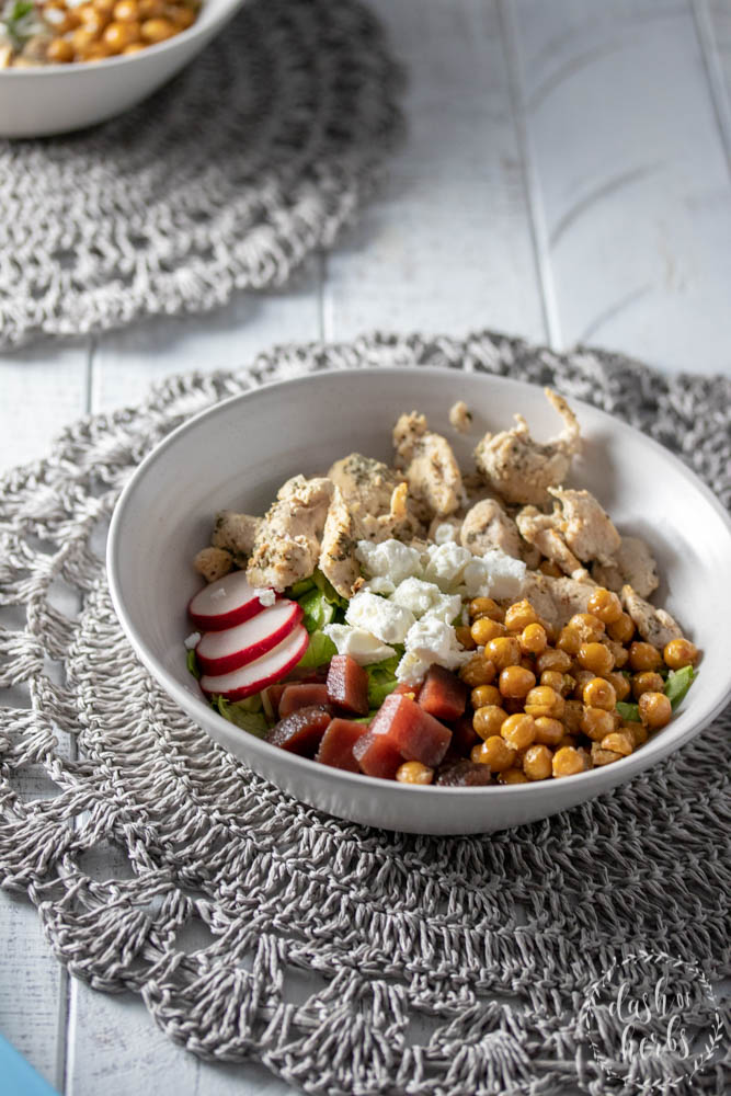 Salad bowl with grilled chicken, roasted chickpeas, beets and butter lettuce. Recipe from Blue Apron for WW.